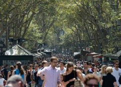 Crowd-LaRambla-JDS_1692