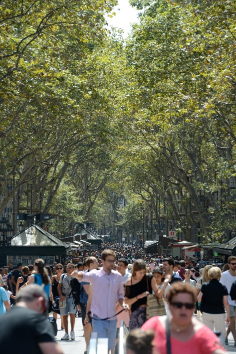 Crowd-LaRambla-JDS_1693