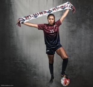 Lexi Frey #LIONSTRONG Photo Shoot Portrait 2016-17 LMU Women's Soccer