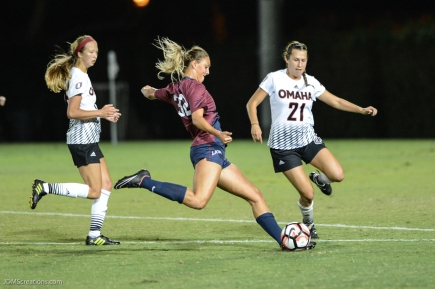 Emily Carman LMU women's soccer vs. Nebraska-Omaha Sept. 24, 2016