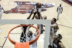 Team Rebound Jeffery McClendon Trevor Manuel LMU men's basketball vs. No. 1 Gonzaga Feb. 9, 2017