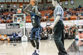 Munis Tutu LMU men's basketball regular season finale at Pacific Feb. 25, 2017