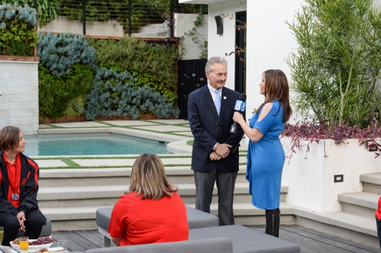 KTLA's Erin Myers with Bill Shumard during 7 am segment SoCal Dream House Raffle Media Day - Hollywood Hills - Jan. 29, 2018