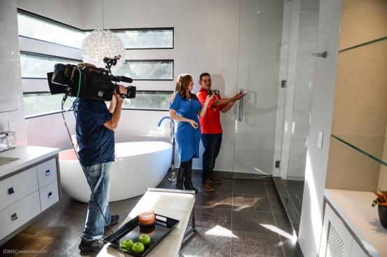 Gerardo De La Cerda with KTLA Erin Myers in final segment in master bath SoCal Dream House Raffle Media Day - Hollywood Hills - Jan. 29, 2018
