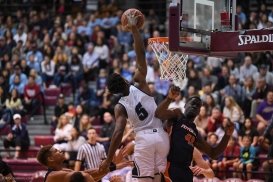 James Batemon Dunk LMU men's basketball vs. Pepperdine - Feb. 10, 2018 - Family Weekend Game - PCH Cup