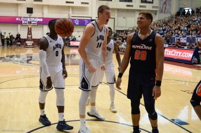 Mattias Markusson And-1 LMU men's basketball vs. Pepperdine - Feb. 10, 2018 - Family Weekend Game - PCH Cup